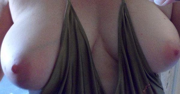 Mes seins en forme d'obus...